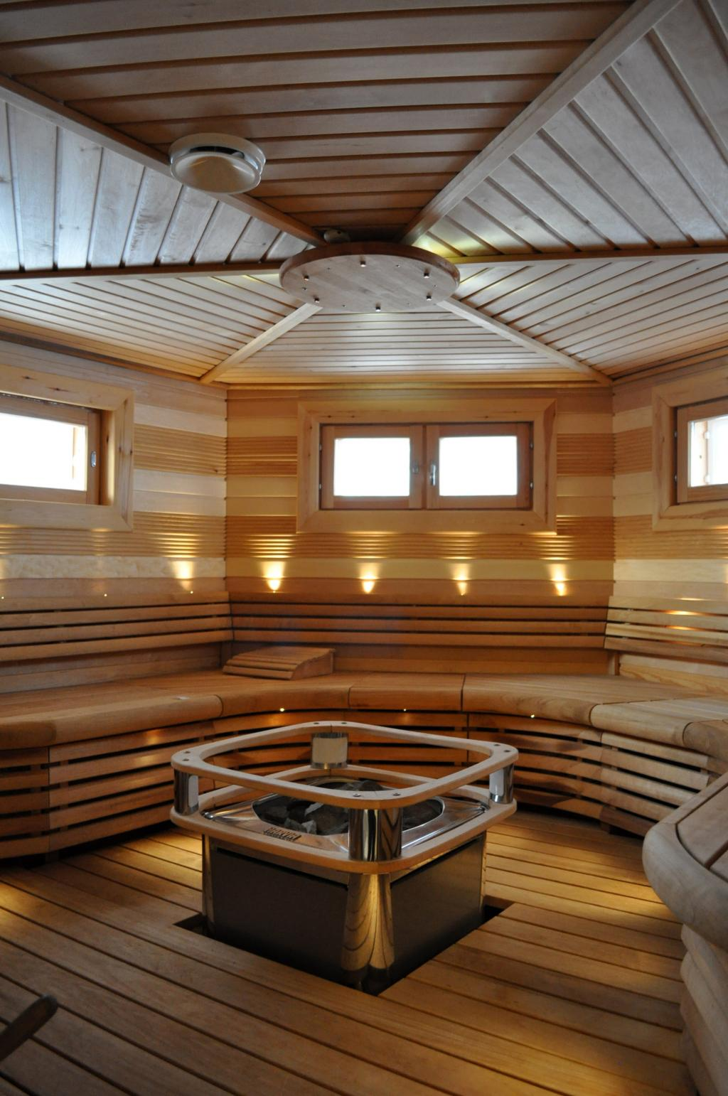 Grand Designs Finnish Log House