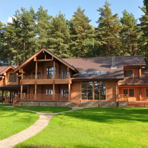Luxury_Log_Cabin_Russia_2_1.JPG
